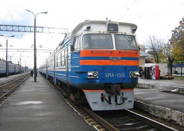 Дизель поезд ДР1